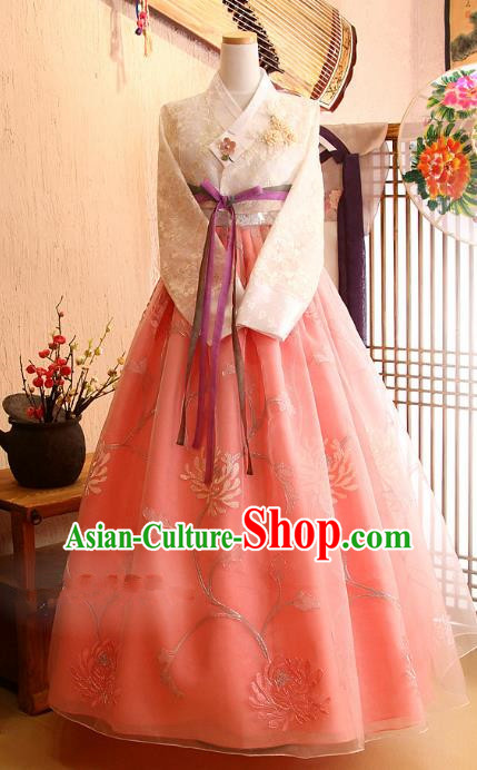 Korean Traditional Palace Garment Hanbok Fashion Apparel Costume Bride Pink Dress for Women