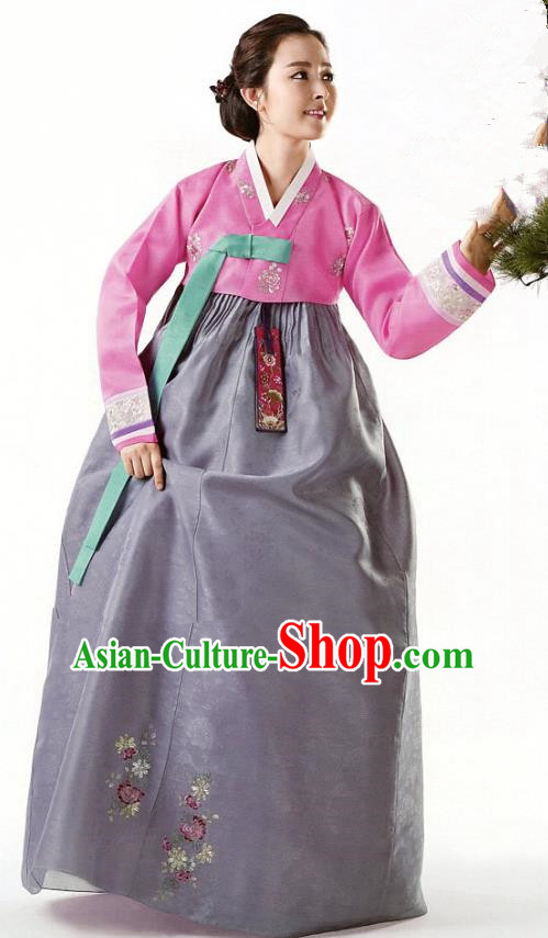 Korean Traditional Garment Palace Hanbok Pink Blouse and Grey Dress Fashion Apparel Bride Costumes for Women