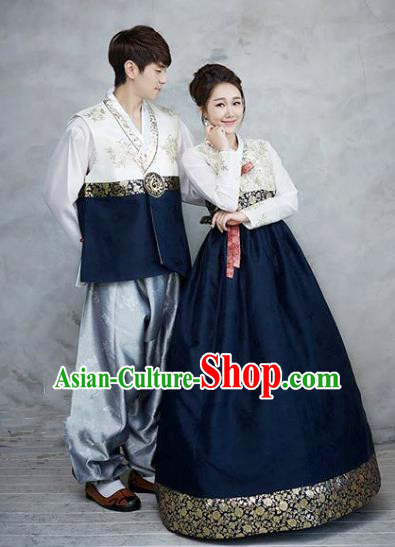 Asian Korean Traditional Palace Navy Hanbok Clothing Ancient Korean Bride and Bridegroom Costumes Complete Set