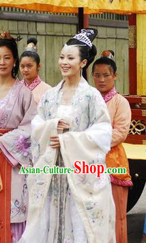 Chinese Ancient Novel Journey to the West Girl Country King Embroidered Costume for Women