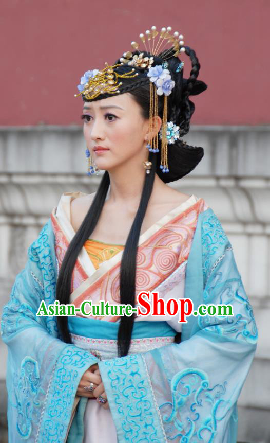 Ancient Chinese Ming Dynasty Queen Historical Costume Embroidered Dress Replica Costume for Women