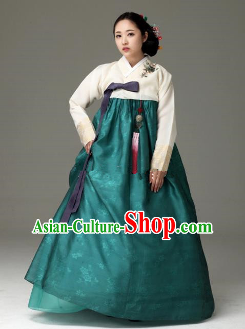 Top Grade Korean Hanbok Traditional Beige Blouse and Green Dress Fashion Apparel Costumes for Women
