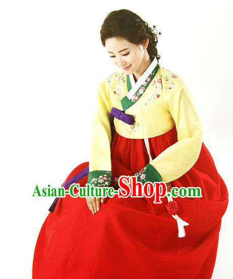 Top Grade Korean Traditional Hanbok Embroidered Yellow Blouse and Red Dress Fashion Apparel Costumes for Women