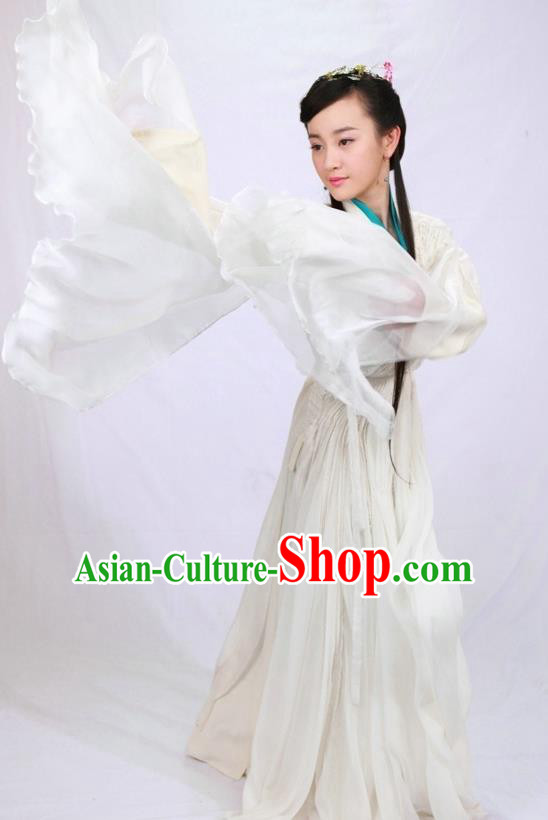 Ancient Chinese Song Dynasty Swordswoman White Dress Embroidered Replica Costume for Women