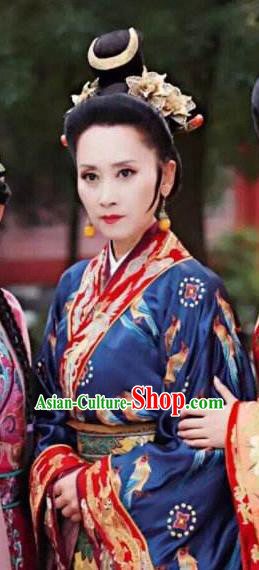 Chinese Ancient Ming Dynasty Queen Mother Embroidered Replica Costume for Women
