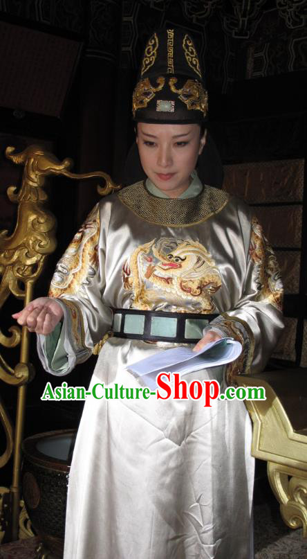 Chinese Traditional Tang Dynasty Empress Embroidered Dress Queen Wu Zetian Replica Costume for Women