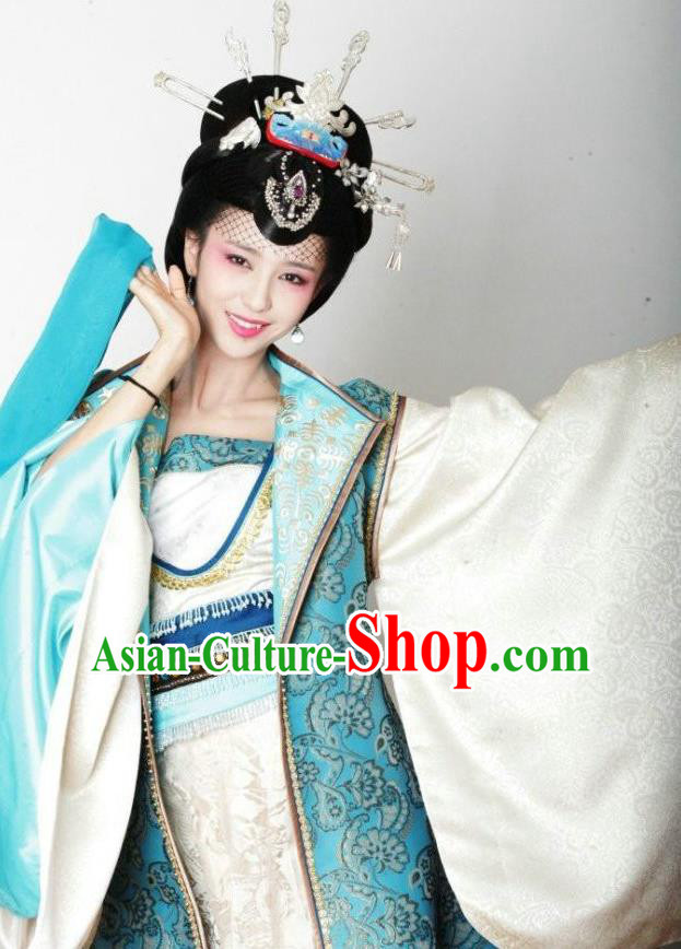 Chinese Traditional Tang Dynasty Imperial Consort Embroidered Replica Costume for Women