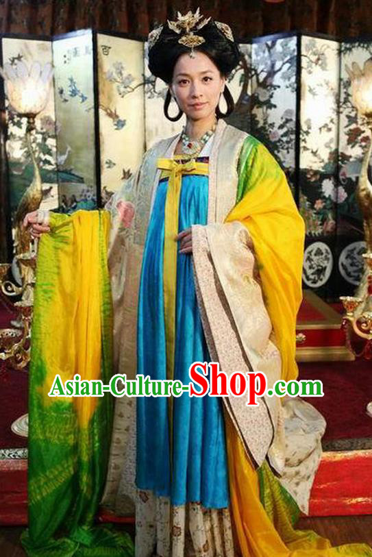 Chinese Ancient Tang Dynasty Imperial Consort Wu Meiniang Dress Historical Costume for Women