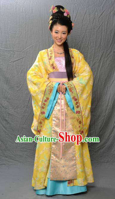Chinese Ancient Tang Dynasty Imperial Concubine Embroidered Hanfu Yellow Dress Historical Costume for Women