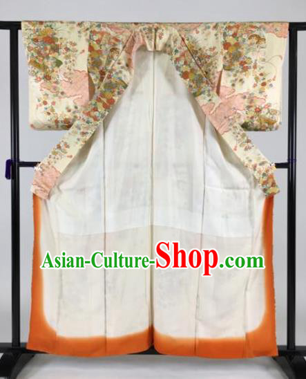 Japan Traditional Beige Kimonos Palace Furisode Kimono Ancient Yukata Dress Formal Costume for Women