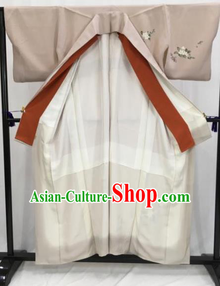 Japan Traditional Khaki Kimono Furisode Kimono Ancient Yukata Dress Formal Costume for Women