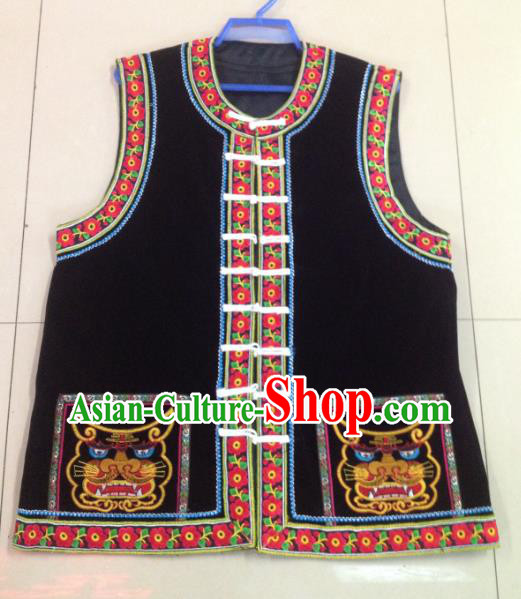 Traditional Chinese Bai Nationality Costume Embroidered Black Vests Ethnic Folk Dance Clothing for Men