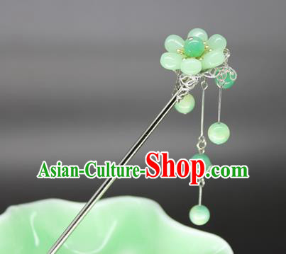 Chinese Ancient Handmade Hair Accessories Green Beads Tassel Step Shake Hair Stick Hairpins for Women