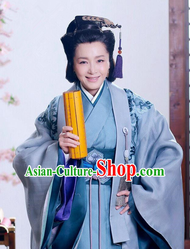 Ancient Traditional Chinese Han Dynasty Queen Mother Replica Costume Hanfu Dress for Women