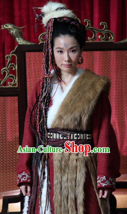 Chinese Ancient Warring States Period Swordswoman Replica Costume for Women