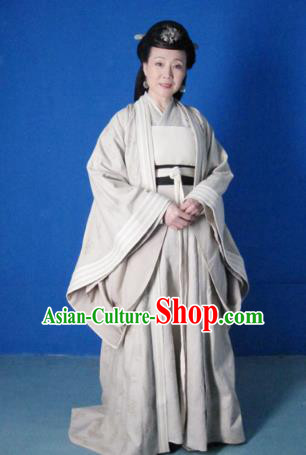 Chinese Ancient Five Dynasties and Ten Kingdoms Chu Empress Li Hanfu Dress Replica Costume for Women