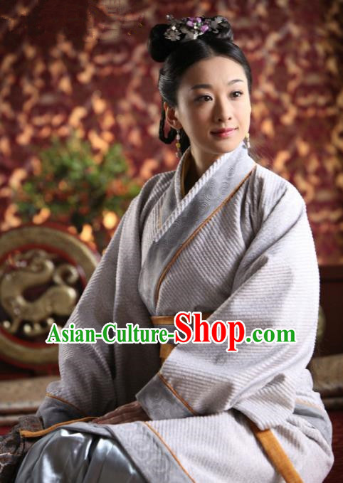 Chinese Ancient Spring and Autumn Period Court Maid Hanfu Dress Las Meninas Replica Costume for Women