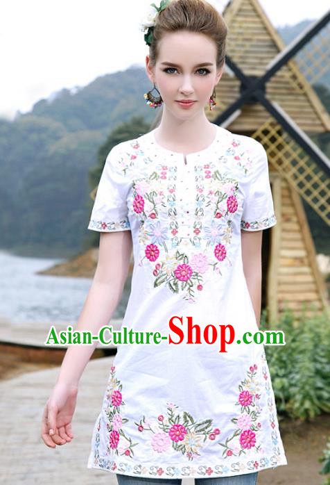 Traditional China National Costume Chinese Tang Suit Embroidered White Blouse for Women