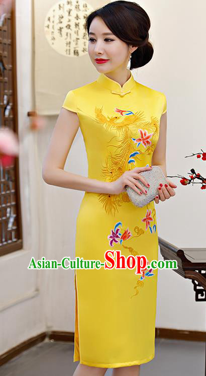 Chinese Traditional Embroidered Phoenix Yellow Silk Mandarin Qipao Dress National Costume Wedding Short Cheongsam for Women