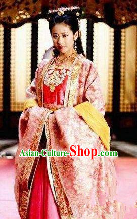 Chinese Ancient Tang Dynasty Princess Yongshou Dress Embroidered Replica Costume for Women