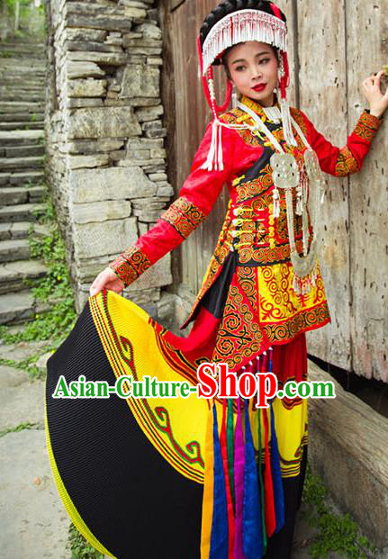 Traditional Chinese Miao Nationality Dance Costume and Headwear, Hmong Female Ethnic Pleated Skirt Minority Embroidery Clothing for Women