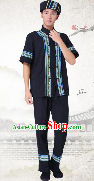 Traditional Chinese Tujia National Minority Costumes, China Blang Ethnic Minority Embroidery Clothing for Men