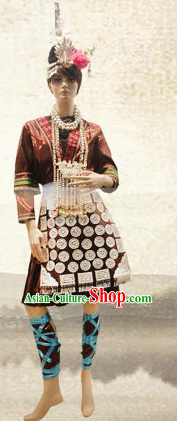 Traditional Chinese Dong Nationality Dance Costume and Headwear, China Ethnic Minority Embroidery Clothing and Headdress for Women