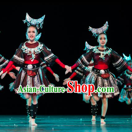 Traditional Chinese Miao Nationality Folk Dance Costume, Children Classical Dance Ethnic Clothing for Kids