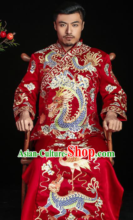 Chinese Traditional Embroidered Dragons Wedding Costume China Ancient Bridegroom Tang Suit Red Gown for Men
