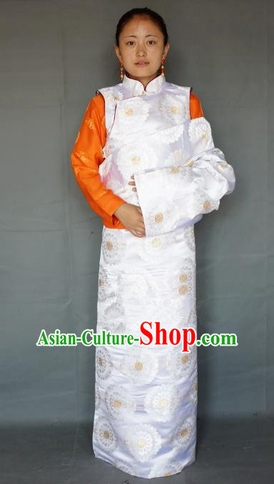 Chinese Traditional Zang Nationality White Brocade Tibetan Robe, China Tibetan Ethnic Heishui Dance Costume for Women