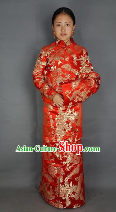 Chinese Zang Nationality Wedding Red Tibetan Robe, China Traditional Tibetan Ethnic Heishui Dance Costume for Women