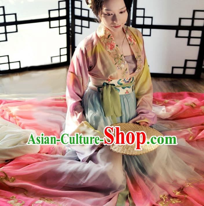 Chinese Traditional Song Dynasty Princess Hanfu Dress Ancient Nobility Lady Embroidered Clothing for Women