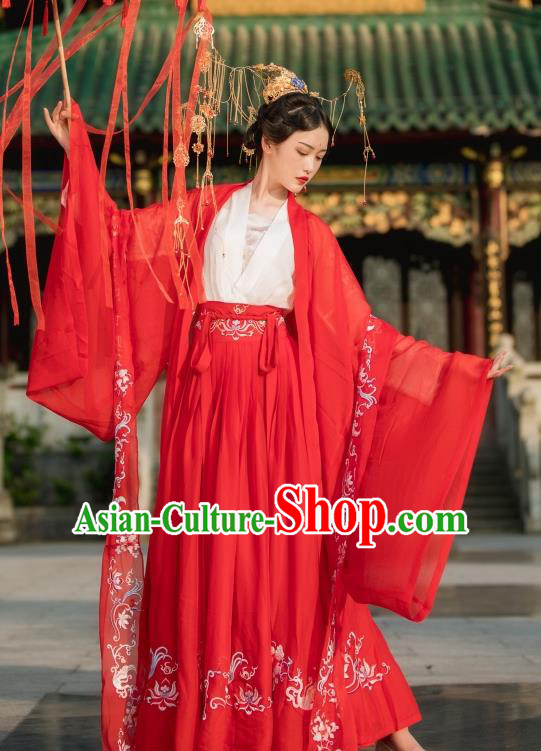 Chinese Traditional Jin Dynasty Palace Lady Wedding Costume Ancient Princess Embroidered Clothing for Women