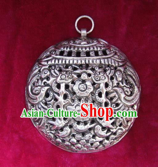 Chinese Miao Nationality Silver Ornaments Traditional Hmong Cavring Necklace Pendant Accessories for Women