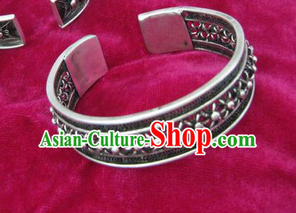 Chinese Miao Nationality Ornaments Traditional Hmong Handmade Sliver Pierced Bracelet for Women