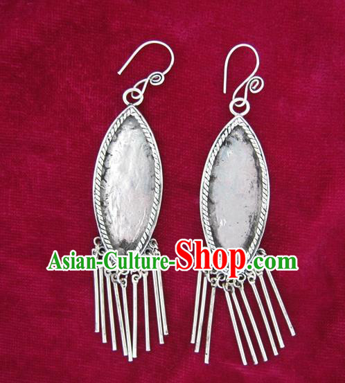 Chinese Handmade Miao Nationality Jewelry Accessories Sliver Leaf Earrings for Women
