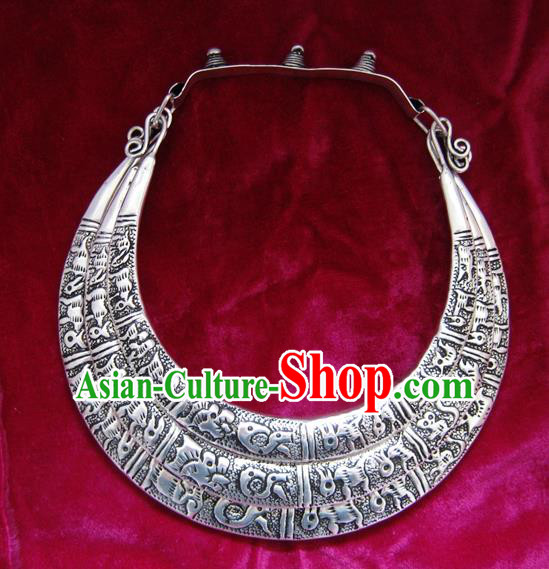 Chinese Miao Nationality Ornaments Sliver Carving Chinese Zodiac Necklace Traditional Hmong Necklet for Women