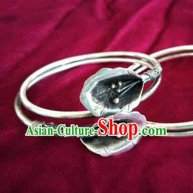 Chinese Miao Nationality Ornaments Sliver Zantedeschia Bracelet Traditional Hmong Bangle for Women