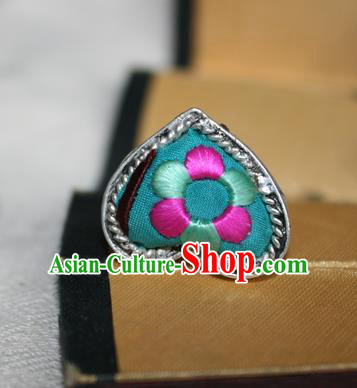 Chinese Miao Sliver Ornaments Green Rings Traditional Hmong Embroidered Finger Ring for Women