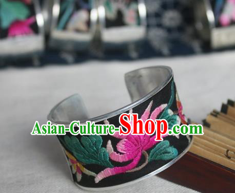 Chinese Miao Sliver Ornaments Bracelet Traditional Hmong Handmade Sliver Embroidered Chrysanthemum Bangle for Women
