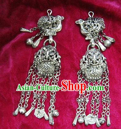 Chinese Handmade Miao Sliver Earrings Hmong Nationality Eardrop Pendant for Women
