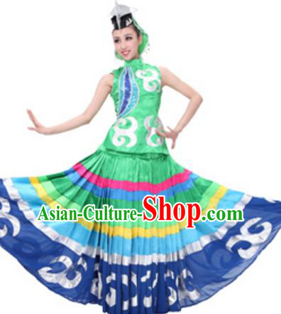 Traditional Chinese Yi Nationality Dance Green Dress, Chinese Yi Ethnic Dance Costume and Headwear for Women