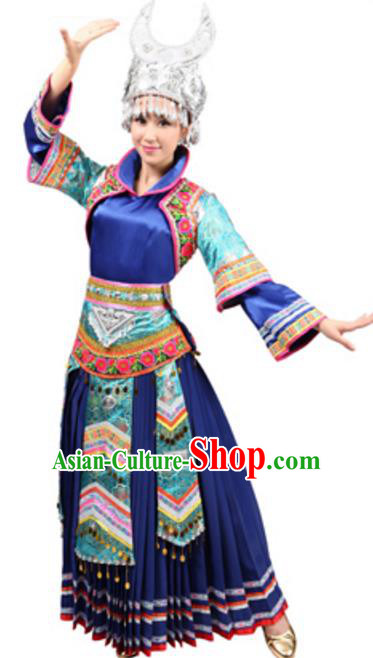 Traditional Chinese Miao Nationality Wedding Pleated Skirt, Chinese Hmong Female Ethnic Folk Dance Costume and Headwear for Women