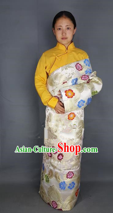 Chinese Traditional Zang Nationality Clothing White Tibetan Robe, China Tibetan Ethnic Heishui Dance Costume for Women