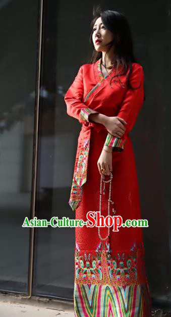 Chinese Traditional Zang Nationality Red Brocade Dress, China Tibetan Dance Costume for Women
