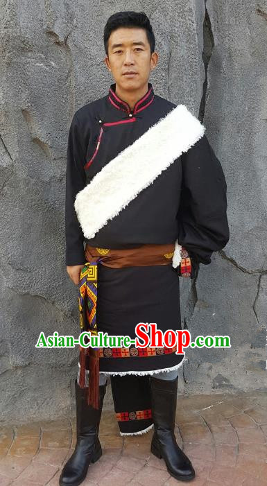 Chinese Traditional Zang Nationality Costume, China Tibetan Ethnic Clothing Black Tibetan Robe for Men