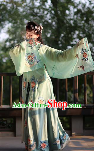 Chinese Ming Dynasty Costume Ancient Princess Embroidered Butterfly Peony Green Cloak for Women
