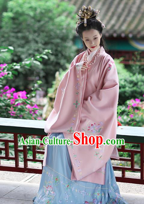 Chinese Ancient Palace Lady Hanfu Dress Ming Dynasty Imperial Consort Embroidered Costumes and Jewelry Accessories for Women