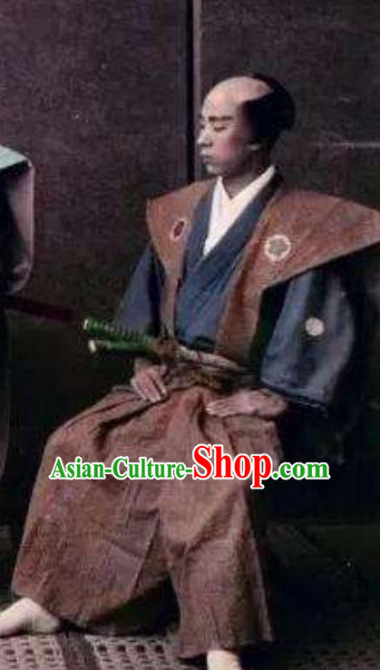 Japanese Ancient Broad Shoulders Authentic Samurai Outfit Clothing Complete Set for Men