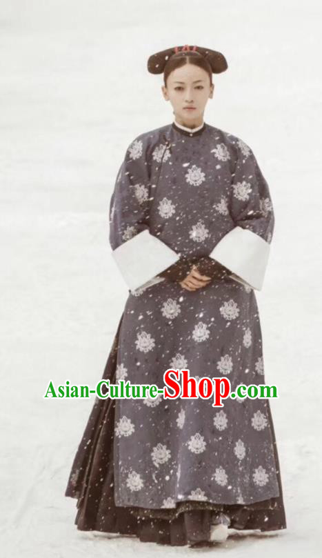 Chinese Ancient Qing Dynasty Court Maid Story of Yanxi Palace Embroidered Costumes for Women